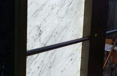 Bianco Carrara backlit walls